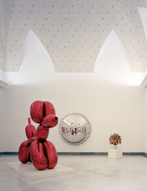 Jeff Koons, Museo Archeologico Nazionale, Naples, Italy, 2003.