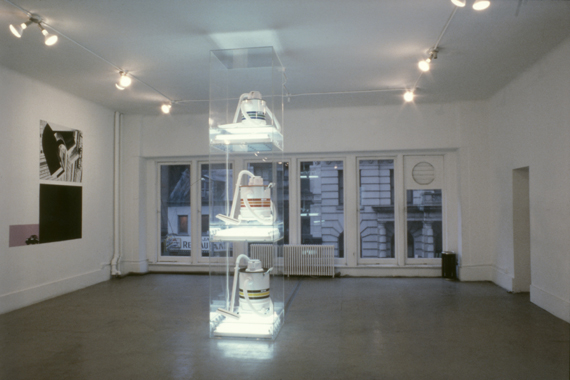 Jeff Koons. Los Angeles - New York Exchange, Artist's Space, New York, 1983.